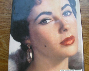 Vintage book Liz An Intimate Biography of Elizabeth Taylor C David Heymann Hollywood movie star actress Cleopatra National Velvet Giant 192