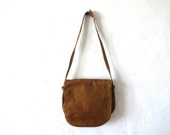 Vintage Genuine Leather Front Flap Purse / Shoulder Bag / Small Messenger Bag in Tan / Camel / Light Brown
