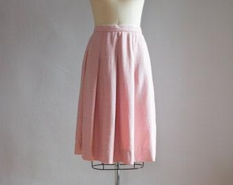 """Vintage Pleated Pink Tweed Skirt / 30"""" waist"""