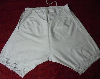Victorian Pantaloons Bloomers - Drawers - Broderie Anglaise - Mongrammed MA