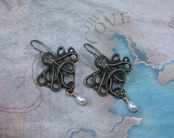 Brass Octopus Earrings with Pearl Dangle, Steampunk Earrings, Octopus Charm, Airship Captain, Pirate Earrings,Steampunk Jewelry,Gift for Her