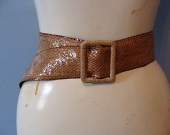"Vintage Snake Skin Belt Brown Tan Neutral 2"" Thick Genuine Snake Skin SIze Medium Large Classic Chic Made in Taiwan Flocked Back Cool Buckle"