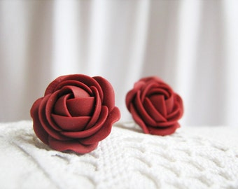 Polymer clay earrings - Red wine, burgundy rose flower stud earrings