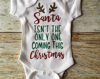 Pregnancy Announcement Onesie, Baby announcement Onesie, Custom Onesie, Custom baby announcement, maternity photo onesie, Christmas Baby