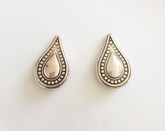 large silver color pear shape beads