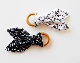 Natural Wood Teething Ring | Black and White - Set of Two