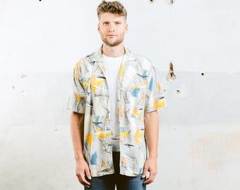 Pattern Shirt . Seagull Print Man Summer Shirt Vintage 90s Shirt Button Down Cotton Beach Short Sleeve Shirt . size Large L