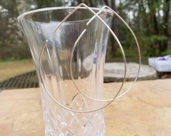 Silver threader Hoop Earrings Dainty Earrings Minimalist Earrings Modern Earrings Geometric Earrings Mothers Day Gift Under 20