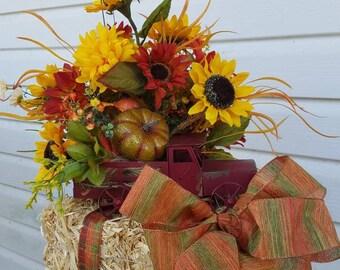 Fall Centerpiece, Fall Floral Arrangement, Autumn Centerpiece, Autumn Arrangement,  Fall Table Decoration, Autumn Table Decoration
