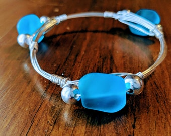 Silver bangle bracelet // Blue Sea glass stone // silver wire wrapped bangles //  Blue stone bangle // Silver plated bracelet