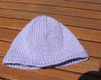 Purple baby hat size 0/3 months