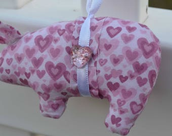 valentine's pig, hearts pig ornament, novelty ornaments, animal ornaments, pink pigs, pig lover gifts, whimsical ornaments