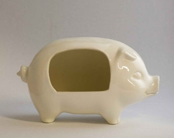 Add this salt pig to your kitchen