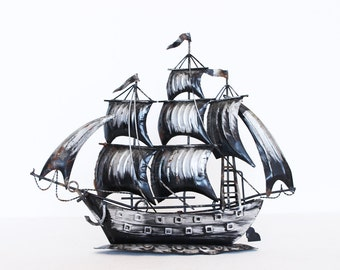 Vintage pirate ship boat model black