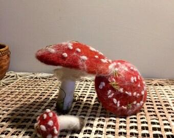 Needle felted mushroom, Set 3 mushrooms, Red Amanita, Wild Mushroom, Forest Mushroom, Fiber Art, Mushroom, Holiday Ornament