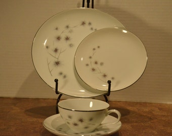 Vintage Creative Fine China #1014 Platinum Star Burst Place Setting