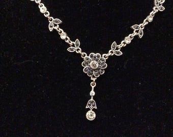 Pretty NR Necklace