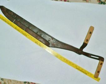 Antique Hay Knife Blade Farm Cutting Tool Rustic Western Décor Cast Iron Adjustable Handle