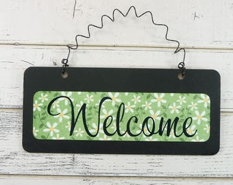WELCOME SIGN Wooden Metal Cute Daisy Flowers Small Wire Hanging Door Sign