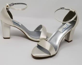 Chunky Heels Ivory Wedding Shoes Ivory Bridal Shoes Ivory Bridal Sandals Ivory or PICK FROM 100 COLORS IBridesmaid Shoes