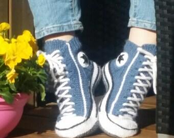 Reaverse star edition( Written in Norwegian) slipper sock pattern