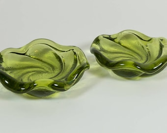 Mid-Century, Ashtrays, vintage green glass, a pair of green art glass ashtrays, Fenton Glass, Swirls, set of 2