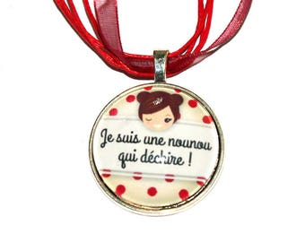 "Pendant on necklace ""nanny who rocks"" / gift end of year"