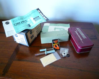 Vintage LOT Sewing Parts Notions Accessories Sewing Tin, SALE