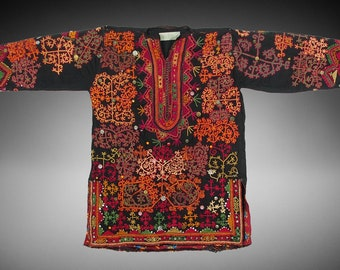 antique Traditional swat-vally Pakistan dress Late 19th or early 20th century no:38
