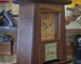 Craftsman / Mission / Arts & Crafts Mantel Clock / Ginkgo #17