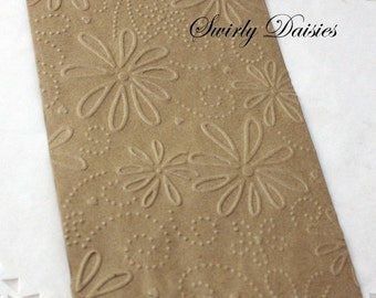 25 Daisy Embossed Paper Bags, Silverware Bags, Candy Bags, Confetti Bags, Treat Bags, Cookie Bags, Wedding Favor Bags, Party Favor Bags