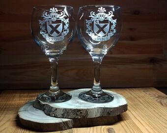2 Crest glasses , Crest, Family crest wine, Crest wine, Crest family, Crest Glass, Crest wine glass, Crest family glass, Crest family glass