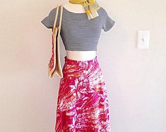 Bright and Beautiful Vintage Tropical Thai Wrap Skirt Batik Lotus Print