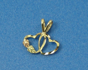 Tri-Color Gold Linked Hearts Charm or Petite Pendant
