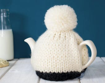 Two Cup Tea Cosy, Personalised Tea Pot Cozy, Hand Knitted Teapot Cosy, Colour Block Teapot, New Home Gift, Wedding Present, Tea Lover Gift,