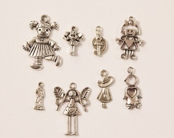 Set of 8 charms themed baby girl