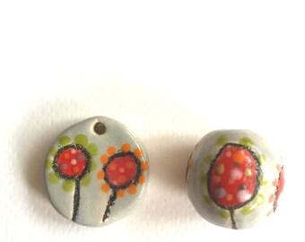 Pearl and ceramic pendant
