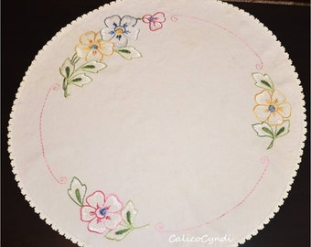 Vintage Round Embroidered Table Cloth with Multi Colored Flowers 31 in. Round, Table Cloth, Vintage Linen