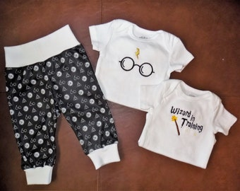 Harry Potter Baby outfit, Potterhead baby shower gift, take home outfit, first baby outfit, HP Baby outfit, Potter Baby outfit,