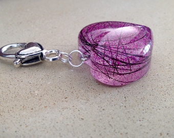 Keyring with embedded horsehair/pethair or cremation ashes