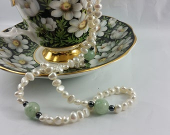 Jade and Freshwater Pearl Necklace