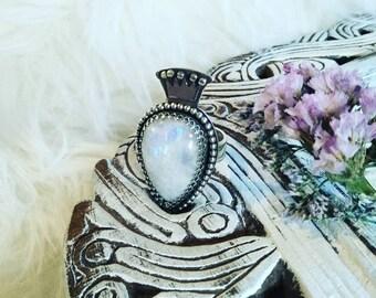 Moonstone crown ring