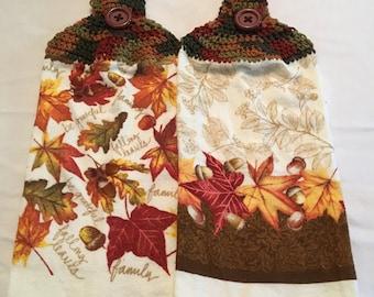 Falling Leaves Print Twoels set of 2