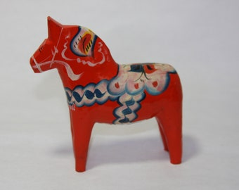 Traditional Swedish Dala Horse by Grannas A. Olsson MADE IN SWEDEN