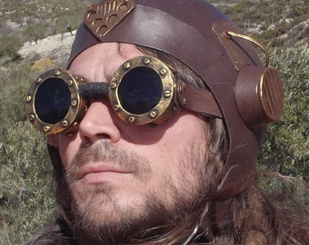 steampunk goggles and aviator hat