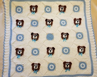 Crochet White and Blue Baby Blanket with Teddy Bears, Teddy Bears for little boy. Baby Shower Gift for Take Me Home. Custom order avalable