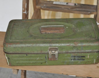 Vintage Green Union Steel Box