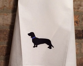 Solid Dachshund Embroidery Design File - multiple sizes and formats - instant download