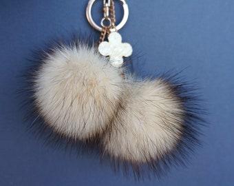 Fur keychain,  Fur pompom, keychain, Pom pom keychain, Bag charm,  keyring fluffy.