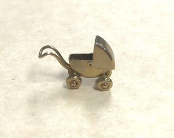 Antique Buggy Charm 14k yellow gold